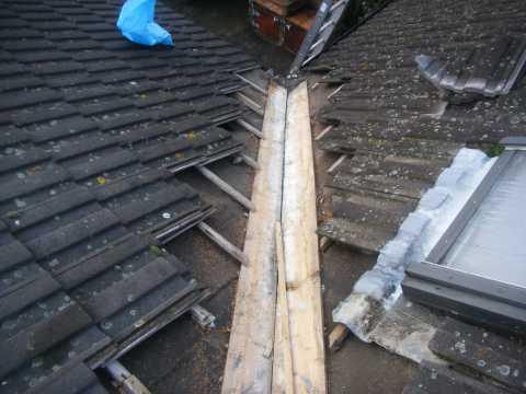 Tm Roofing Fleet Grp Valley Sheet Installation